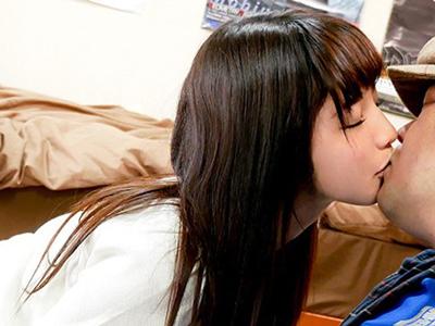 アニメ同好会に入った美少女がオタサーの姫となって乱交