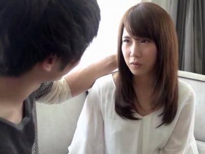 透明感抜群なロリ美少女がイケメンとのラブHで昇天イキ!