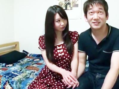ロリ顔美少女・夢乃あいかが童貞を捨てきれない気弱男を優しく筆おろし!