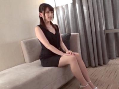 モデル体型のスレンダー美女とホテルで濃厚ハメ!