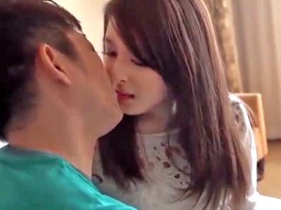 川崎で捕まえた素人美女とホテルデート→付き合ってるようなラブラブパコ開始!