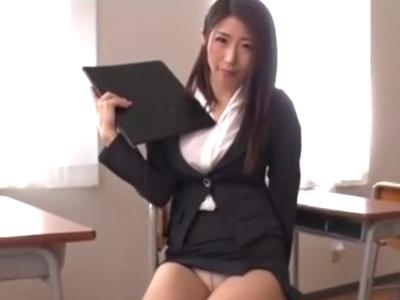 「もっと!もっとちょうらぁい!」ミニスカスーツで誘惑してくる痴女教師と応接室でガチパコ!