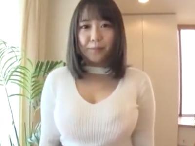 たわわ乳なカフェ店員がまさかのAV応募→Mっぷりを発揮させながらの連続絶頂!