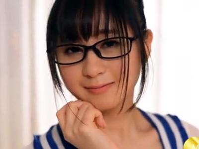 「すごっ…チンポ凄いぃ!」全身ムチムチの脂の乗ったメガネ美少女と顔射パコ