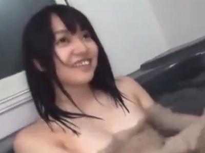 「いきなりどうしたのお兄ちゃん?」黒髪ロリ妹の入浴中に突撃してパコ開始する変態兄貴
