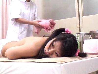 「痛いっ!痛いです!」悪徳医師が性欲をぶちまけてガチ処女マンコをレイプ