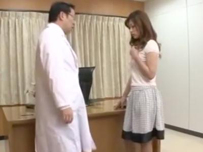 ドスケベ医にレイプされ無理矢理チンポねじ込まれる美人妻