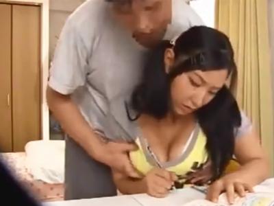 「ちょ…先生…」ツインテの美少女が鬼畜家庭教師に迫られて断れず中出しパコ