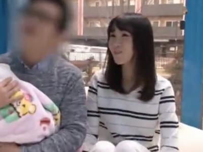 新婚で子供が生まれたばかりの美人若妻がMM号で浮気中出しファックでマジイキ