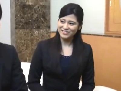 営業の会社で働く素人OLお姉さんが上司と禁断の濃厚パコ