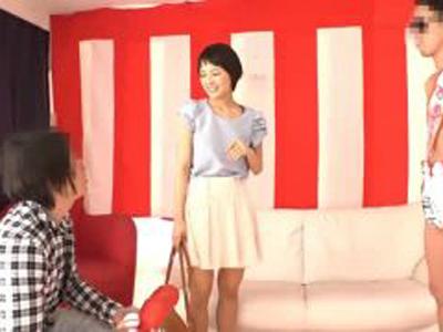 「本当にやるの!?」本田翼似の素人美少女が野球拳で負けてその場でガチパコ