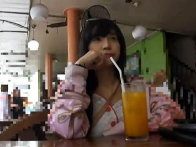 海外でナンパしたアジア系美女をホテルに連れ込み即ハメ!