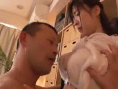 性欲強めな巨乳美少女がお掃除フェラまで完璧ですw