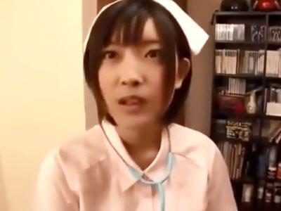 竹内由恵アナ激似!小倉ゆずちゃんがナースコスして素人男性宅でご奉仕パコ
