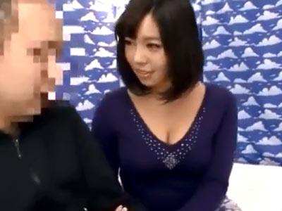 ドスケベボディの巨乳素人妻に童貞チンポ暴発不可避!たっぷりザーメン中出し