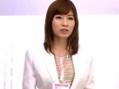 手コキ足コキフェラパイズリ…ザーメン搾りテクに長けすぎなド痴女美人OL