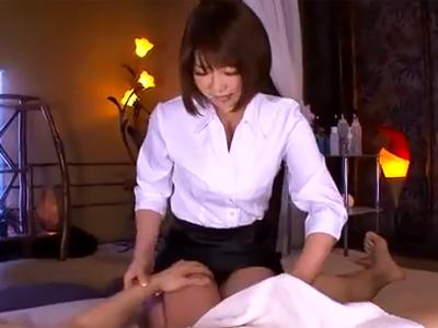 マッサージ嬢に懇願→まさかの生ハメパコ展開にザーメン暴発w