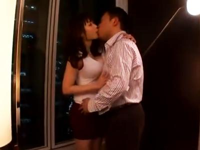 「もっと!もっと突きあげて!」美巨乳痴女お姉さんがホテル高層階で絶頂ハメ