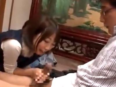 爆乳女優が自分に自身のない童貞くんの筆おろし実践!