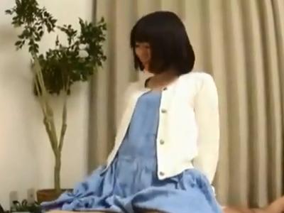 「えっち好きですょw」ロリ顔の黒髪ショトカ娘とパコ→膣内に種付け中出し