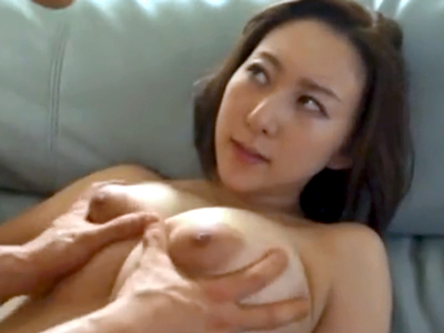 スケベな身体した巨乳美人妻を白昼堂々レイプ→パイパン膣に中出して完全調教完了!