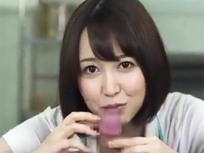 「濃いのいっぱい出していぃよ?」最後まで笑顔でフェラしちゃう篠田ゆう