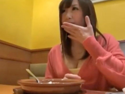 「いっぱぃ突いて…欲しぃです…」ロリ系Fカップ美女ナンパ→小さな体でご奉仕パコ