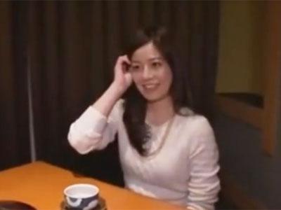 こんな清楚な素人妻が…和室でオナニー→更に悦んでチンポハメられてる件