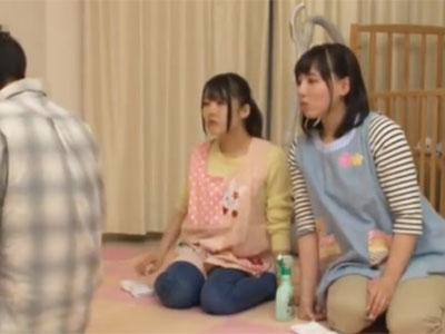 母性あふれる幼稚園の先生2人との中出し幼児プレイ