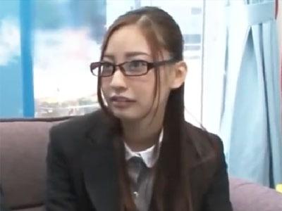 MM号で元ヤリマンの美人OLが会社の同僚のチンポでピスハメされ本気絶頂