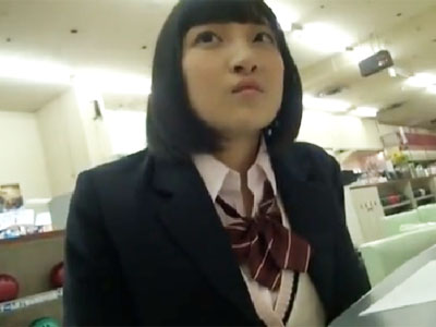 制服姿のロリ顔JKとデート→そのままホテル直行してガチハメ撮り開始