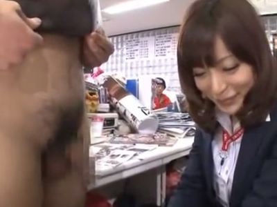 仕事中に上司にチンポ奉仕強制されて職場で手コキ抜きしちゃったOLさん