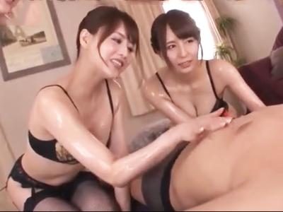 「あぁん凄い良ぃよ…もっと奥までしてぇえ!」痴女お姉さん達と濃厚ローションプレイで最高の射精へ