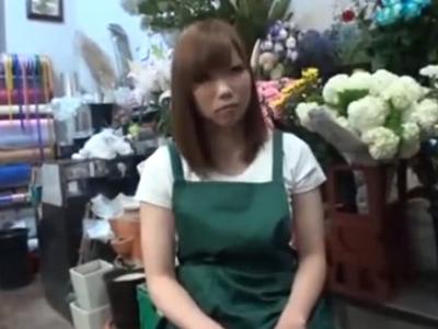 花屋勤務のギャルナンパ→即日顔射パコゲットw