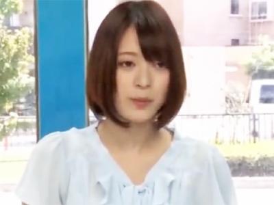 アナウンサー志望の現役JDハメ→マイクの代わりにチンポ握って幸せ顔披露!