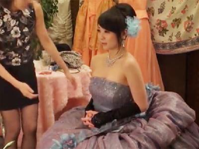 ドレスで素敵な写真撮影するはずが結局中出しパコハメ撮りにww