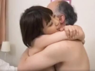 やば‥ww婚約してしまったロリな愛娘をNTRセックスで取り返す鬼畜父ww