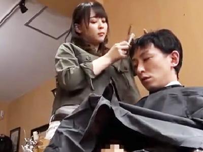 リピーター続出w美容師が散髪終わりにパコってくれる美容室w