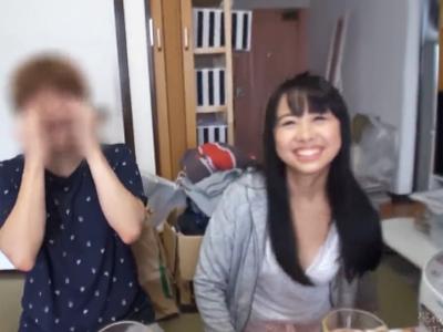 この微笑ましいカップルがNTR妊娠御免の中出しゲームに参加してしまいますw