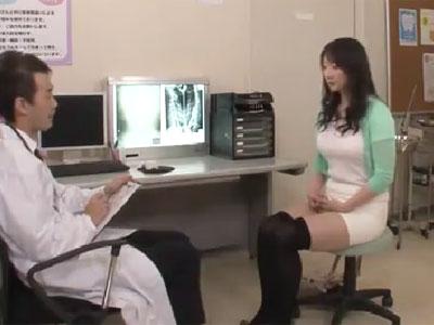 産婦人科に来た美人妻が鬼畜医者に抱かれて生中出しで着床