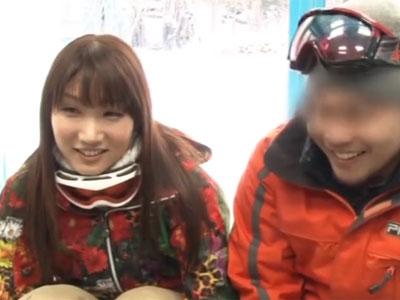 スキーをしに来ていたウェア姿の素人お姉さんがガチの生中出しに歓喜アクメ