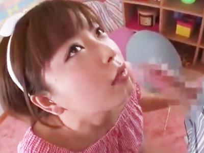 「そんな奥まで入らないよぉ」ロリ美少女の喉奥を窒息するまでひたすら犯し続けるw
