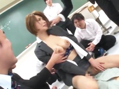 「いやぁぁー!!」巨乳な女教諭が教師にも生徒にも中出しされ尽くす!