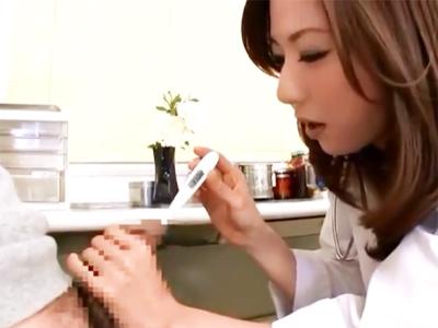 ゾクゾク注意w美人女医に尿道にいろいろ突っ込まれて開発される