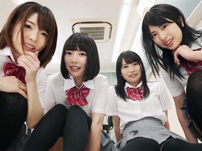 クラスで一番かわいいグループの女子たちに罵られながらチンポシゴかれてM豚昇天