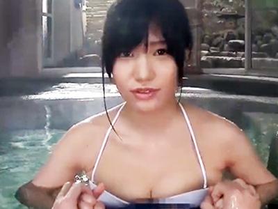 巨乳美少女に温泉宿の露天風呂でフェラ&パイズリさせて生ハメパコ