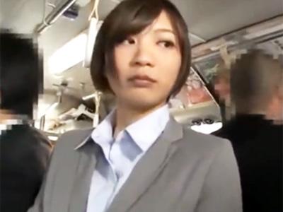 ムッチリタイトスーツの美少女OLのバックから生チンコ挿入して凌辱