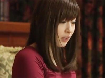 憧れの叔母さんのオナニーを目撃→夜這いして近親相姦!