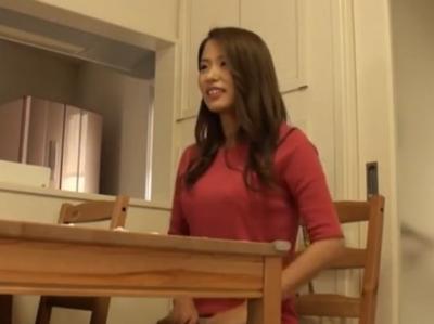 「中はダメ!ダメ!」同じマンションに住んでる白石美帆似の美人妻に声をかけて即パコ