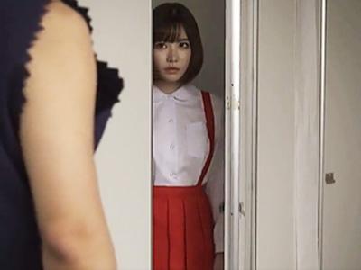 トイレに潜んでいた美少女を調教して中出しw